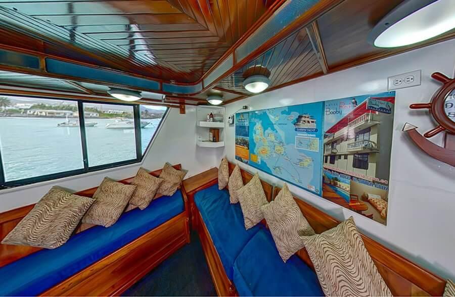 Darwin-budget-galapagos-cruises