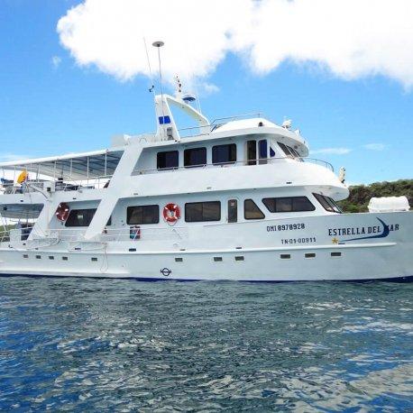 estrella-del-mar-tourist-superior-galapagos-cruise
