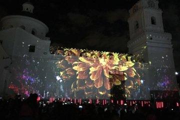 lights1-festival-guidecuador
